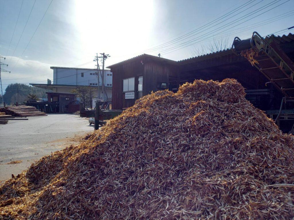 菌床用・ブルーベリー農園へ出荷中