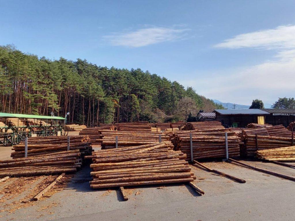 原木は、主に長野県産材を使用しています